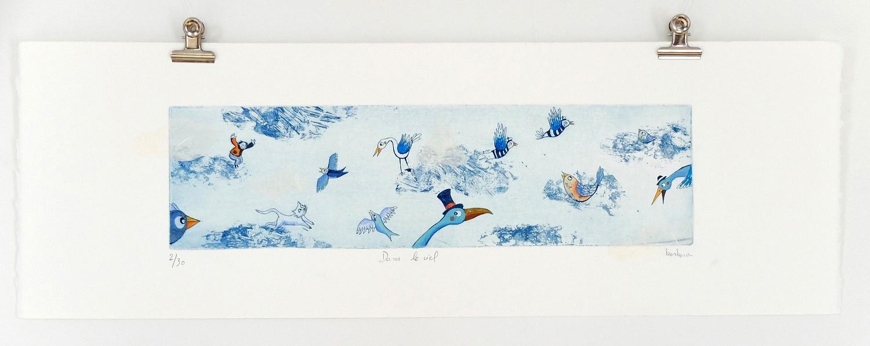 Dans le ciel | ref-G-009-2015,<br/>Gravure  imprimée en bleu de Prusse, rehaussée à la gouache- Format 19 x 57 cm<br/> Prix de vente 120€ + 8€ de frais d'expédition